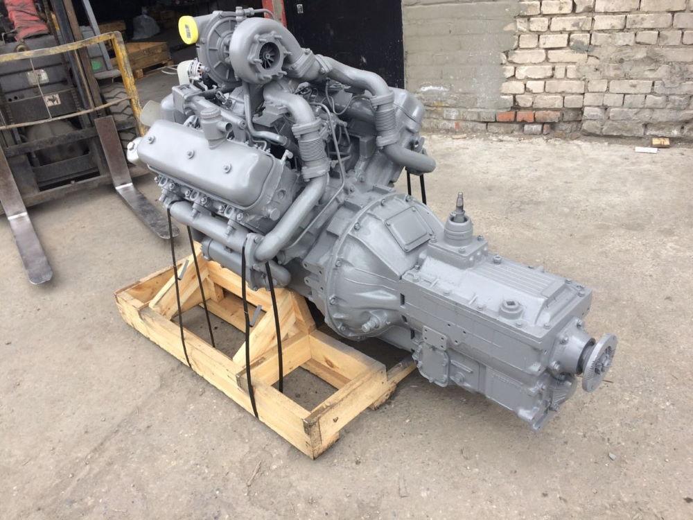 Дизельный двигатель ЯМЗ-236 с коробкой передач